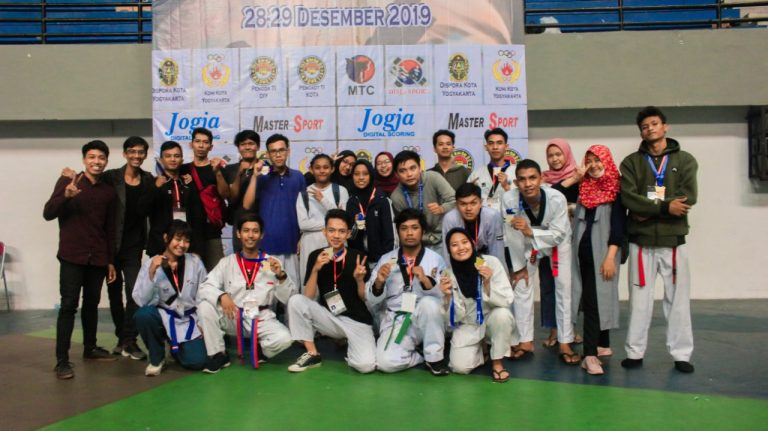 Prestasi Luar Biasa Taekwondo Amikom Yogyakarta, Borong 13 Medali di Walikota Cup VII 2019
